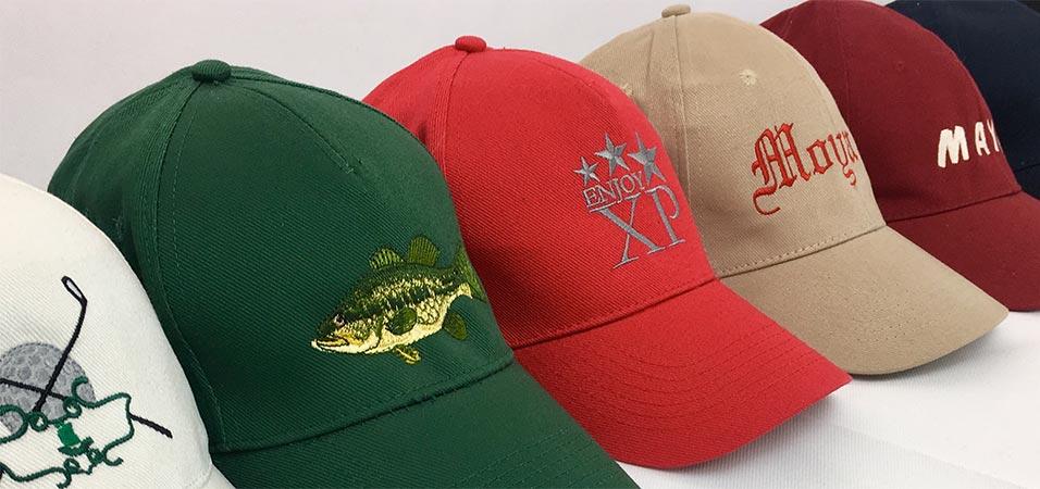 Gorras bordadas en diferentes colores y formatos
