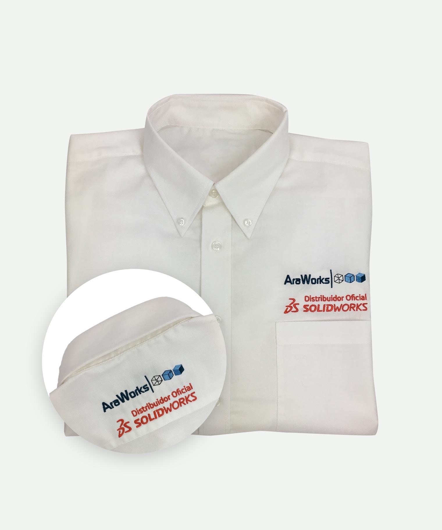 Camisa 2 bordados blanca