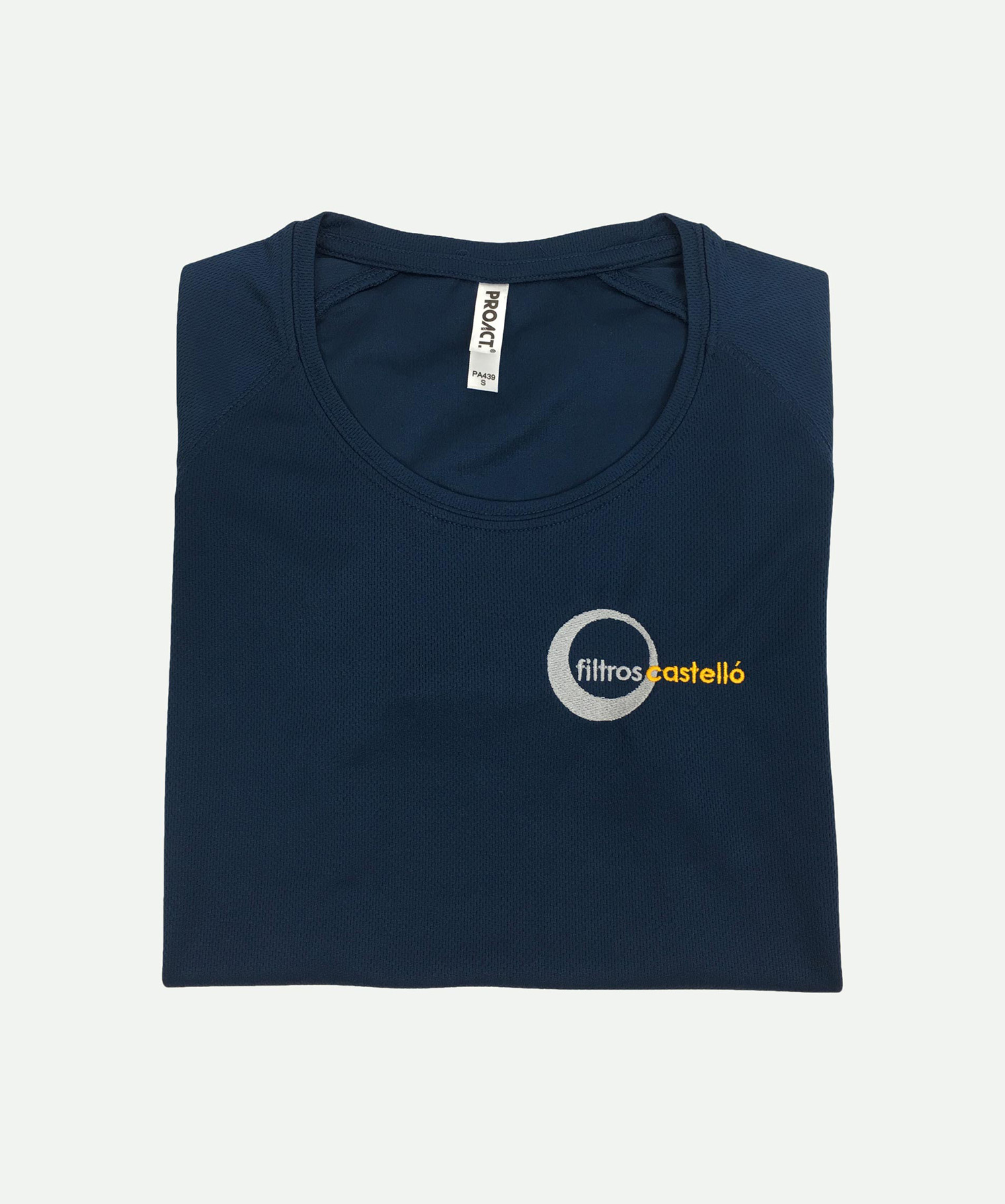 Camiseta bordada técnica marino